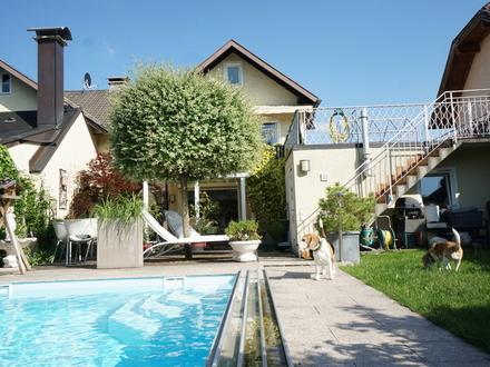 Glücklich Wohnen... mit der ganzen Familie... mit Pool, Saunahaus und Garten!