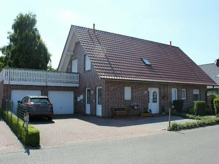 5534 - Gepflegtes Wohnhaus mit schönem Garten mitten in Edewecht!