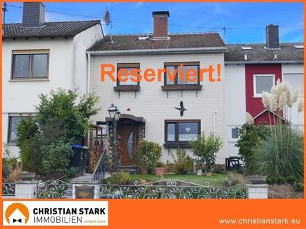 Für die junge Familie: 5 Zimmer-Haus mit Wintergarten in perfekter Lage!