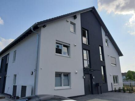 ARNOLD-IMMOBILIEN: TOP - barrierefrei - Modernes Wohnen/Arbeiten mit großem Garten
