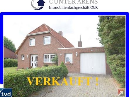 zweckmäßig ausgestattetes Wohnhaus mit Garage in Westerstede