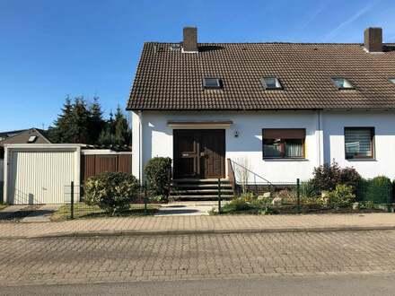 Doppelhaushälfte in bester Wohnlage in Hessisch Oldendorf