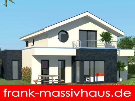 extravagantes Haus inklusive Garage und Balkon