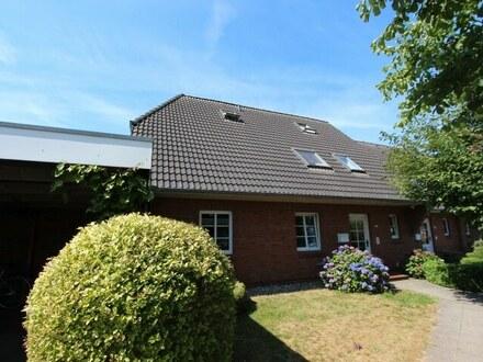 Attraktive Rendite durch Vermietung! 2 vermietete ETW mit Terrasse/Balkon sowie Carportanlage