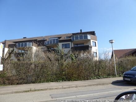 In guter Wohnlage: Gepflegte 4-Zimmer-Wohnung mit Balkon und Garage