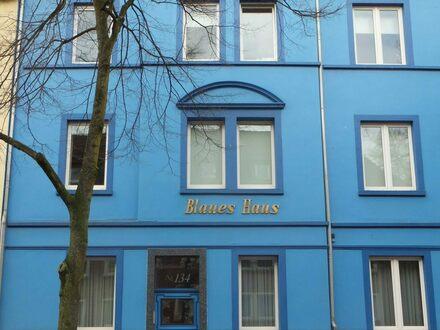 Komfortable hochwertige 3 Zimmer Wohnung mit großem überdachten Balkon zu vermieten