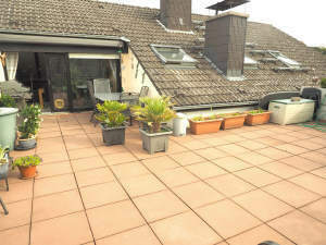 Großzügige Eigentumswohnung mit fantastischer Dachterrasse in toller Lage