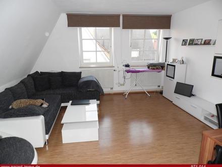 ** Schöne 3 Zimmer-Wohnung in der Stadt - solide vermietet! **