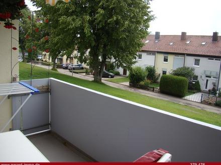 Hochparterre Wohnung mit Balkon