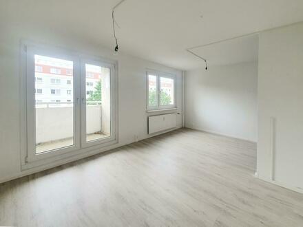 Frisch renovierte 4 Raumwohnung mit Balkon