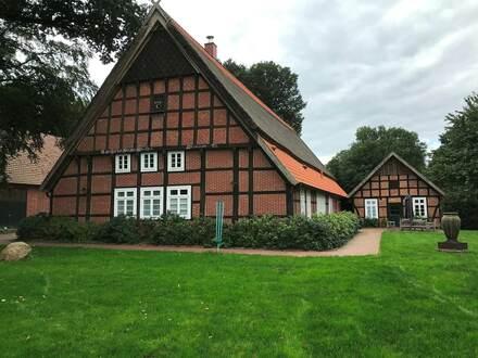 Denkmalgeschützter und modernisierter Pferde-Zuchthof in Alfhausen-Thiene