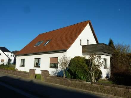 Älteres, einfaches Mehrfamilienhaus in Vlotho - Uffeln