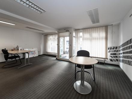Stuttgart Wangen: Gut vermietete Gewerbeeinheit inklusive Stellplatz als Kapitalanlage