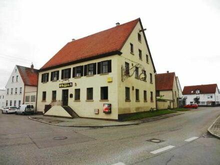 Im Sanierungsgebiet in der Ortsmitte von Dischingen - Wohn- und Geschäftshaus