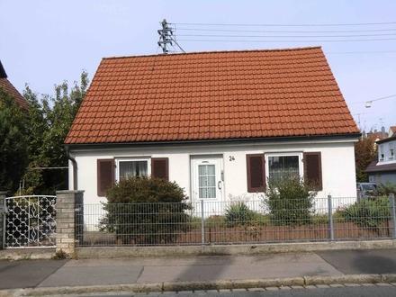 Sanierungsbedürftiges Einfamilienhaus mit Geschichte