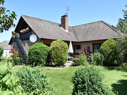 Hude: Schönes Einfamilienhaus mit Einliegerwohnung in ruhiger, zentrumsnaher Lage, Obj.5232