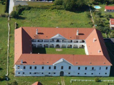 """Schloss Mittertrixen - Der historische """"Vierkanter"""" diente als Edelmannsitz"""