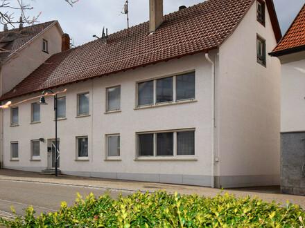 Ideale Kapitalanlage! 3-Familienhaus in Oberstadion