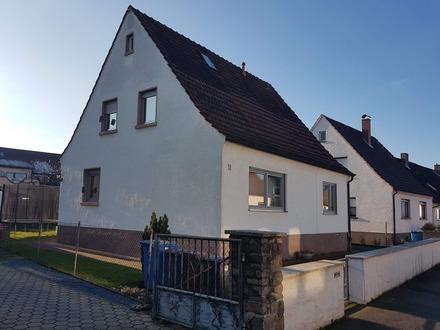 Freistehendes Zweifamilienhaus auf einem 515 m² großem Grundstück in Stockstadt