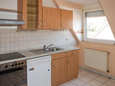 B-Schein Wohnung in Aschendorf: 3 Zimmer inkl. EBK im Dachgeschoss zu vermieten!