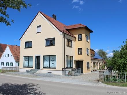 LAYER IMMOBILIEN: Arbeiten und Wohnen unter einem Dach! Gepflegtes Dreifamilienhaus mit Potenzial zum Mehrgenerationenhaus!
