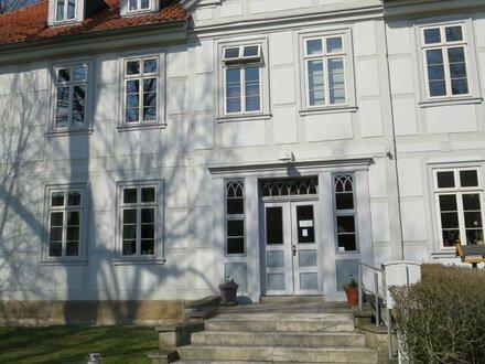 Wohnen in einem Herrenhaus im alten Ortskern von Mascherode - hier ist es möglich !