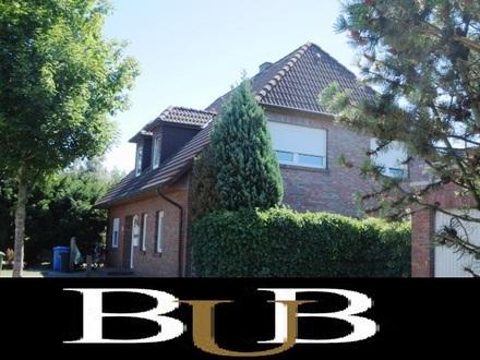 Komplett vermietetes 4-Familien-Haus mit Doppelgarage
