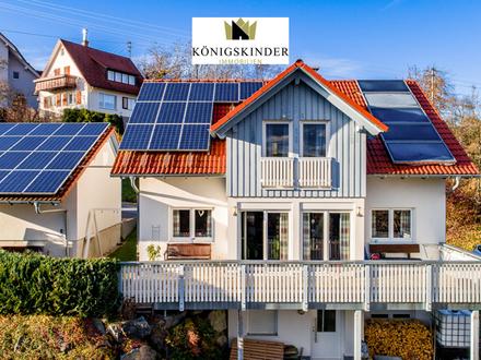 Attraktives Einfamilienhaus mit ELW und herrlicher Aussicht in Loßburg-Lombach im Schwarzwald
