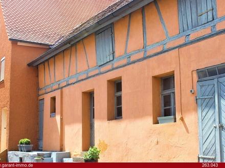 Einfamilienhaus mit Einliegerwohnung in Neuhof an der Zenn für Sanierer!!!