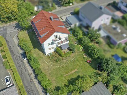Mehrfamilienhaus mit großem Entwicklungspotential auf 850m² Grundfläche!