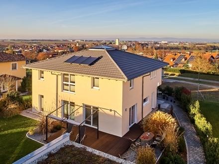IHR NEUES ZUHAUSE - Moderne Architektenvilla mit großzügigem Garten