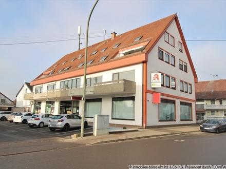 Laden- bzw. Bürofläche mit sehr großer Schaufensterfront