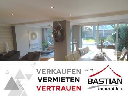 Werte fürs Leben: Exponierte Westendlage - ästhetische Architektur - luxuriöse Ausstattung!