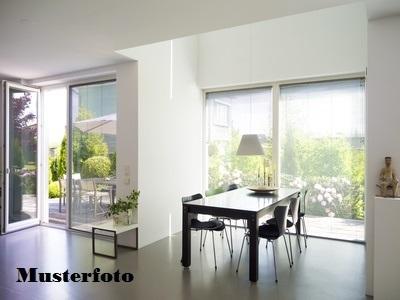 Zwangsversteigerung Wohnung, Bleichwiese in Heroldstatt-Ennabeuren