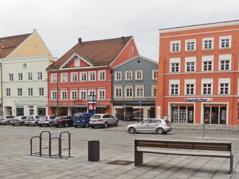 Top-Gelegenheit: Wohn- und Geschäftshaus am Stadtplatz Eggenfelden