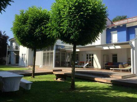 TOP Einfamilienhaus mit Möglichkeiten zur gewerblicher Nutzung, nahe Burghausen / Mehring-Öd
