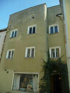 Denkmalschutz: Sanierungsbedürftiges Wohn-/Geschäftshaus in historischer Altstadtlage