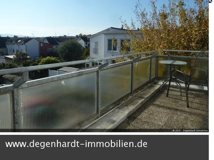 Hier können Sie gleich einziehen! Modernes Apartment mit Küche und Balkon - Mitten in Reinheim!