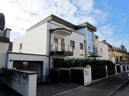 Stilvolles Penthouse mit großzügiger Dachterrasse in Großhadern