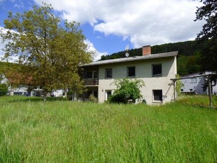 Aussergewöhnlich charmantes Einfamilienhaus mit großem Grundstück zur vielfältigen Nutzung