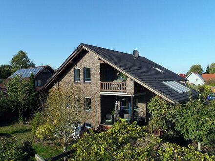 TIPP | Großes Familienhaus mit Keller in Varel / Büppel