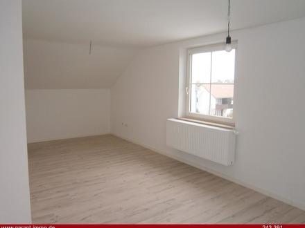 Gepflegte Dachgeschosswohnung in ruhiger Wohngegend