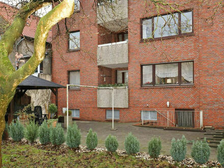 TT Immobilien bietet Ihnen: Geräumige Eigentumswohnung in Tonndeich!