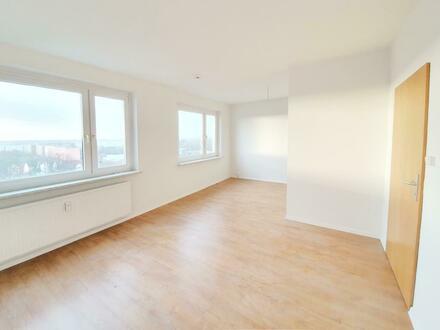 Moderne Wohnung mit Ankleidezimmer und Neumietergutschein!*