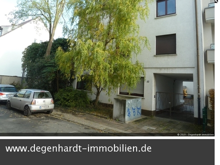 Geschützter, überdachter Stellplatz in Darmstadt / Hochstraße ca. 500 m zur Fußgängerzone!