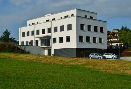 Gewerbeeinheit mit 183 m² im Gesundheitszentrum Kellberg provisionsfrei zu vermieten