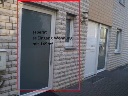 """Eigentumswohnung """" Ihr Haus im Haus """" - 6 Zimmer, eigener Eingang, verteilt auf 3 Ebenen"""
