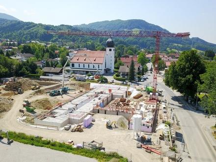 Provisionsfrei! Praxis-, Büro oder Gewerbefläche in bester Neubau-Zentrumslage in Bad Feilnbach