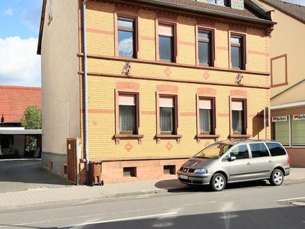 Großes Grundstück mit Gestaltungsfreiheit! - Zwei Wohnungen und Scheune - weitere Bebauung möglich