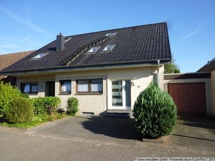 Großzügiges Familienangebot! Zweifamilienhaus in Gütersloh-Spexard